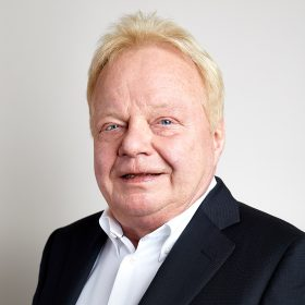 Dr. Peter Scheithauer
